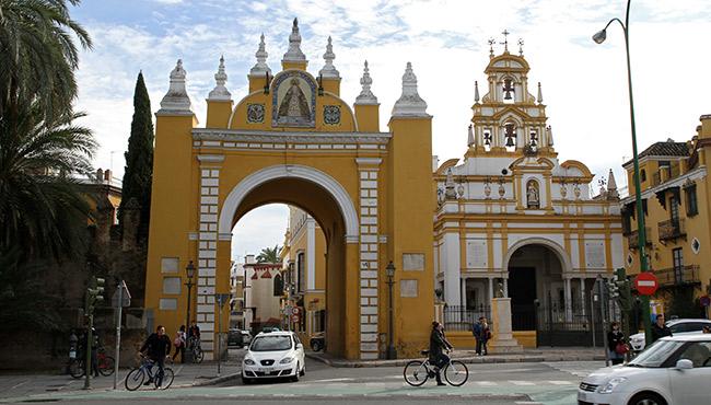 arco-basilica-macarena